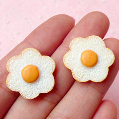 Fried Egg Cabochon in Flower Shape (2pcs / 20mm) Kawaii Dollhouse Food Miniature Breakfast Novelty Doll Food Jewelry Cute Decoden FCAB158