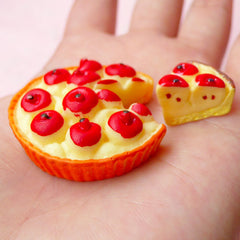 Decoden Pieces Dollhouse Apple Pie (2pcs / 36mm x 11mm / Flatback) Kawaii Miniature Sweets Deco Doll Food Craft DIY Fridge Magnet FCAB171