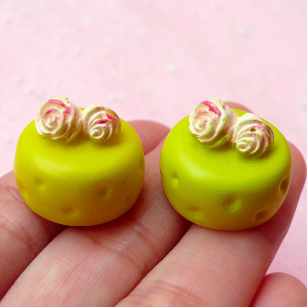 CLEARANCE Miniature Doll Food / Green Tea Matcha Cake Cabochon (2pcs / 20mm x 15mm / 3D) Mini Japanese Sweets Decoden Kawaii Dollhouse Dessert FCAB165