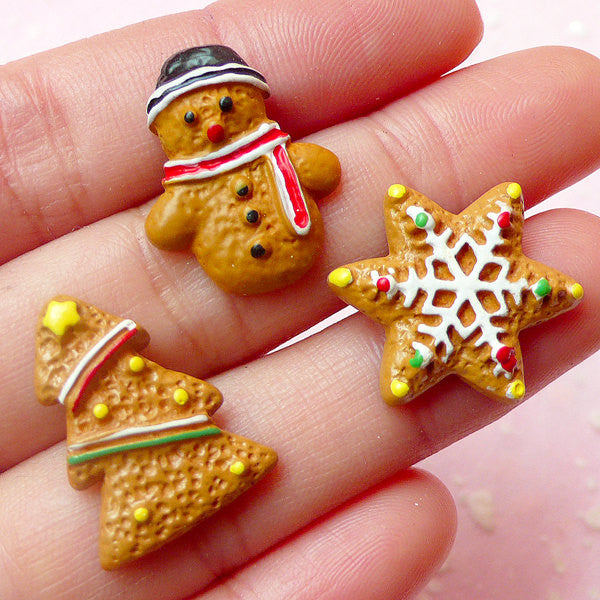 Christmas Decoden Pieces / Kawaii Miniature Dollhouse Sugar Cookie Cabochons (3pcs / 16mm to 21mm) Christmas Tree Snowflakes Snowman FCAB193