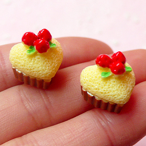Dollhouse Cupcake Resin Cabochon Heart Shape (2pcs / 14mm x 13mm / 3D) Miniature Sweets Jewellery Kawaii Decoden Cellphone Case Deco FCAB184