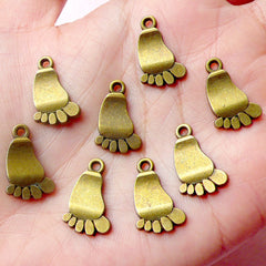 Baby Feet Charms (8pcs) (11mm x 18mm / Antique Bronze) Baby Charms Scrapbooking Bracelet Earrings Zipper Pulls Bookmark Keychains CHM598