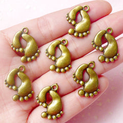 Footprint Charms Baby Feet Charms (7pcs) (17mm x 20mm / Antique Bronze) Scrapbooking Bracelet Zipper Pulls Bookmark Keychains CHM599