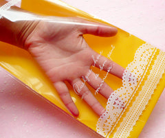Kawaii Yellow Clear Gift Bags Plastic Gift Wrapping Bags with Lace Doily Filigree Pattern (20 pcs) (15cm x 25cm) GB104