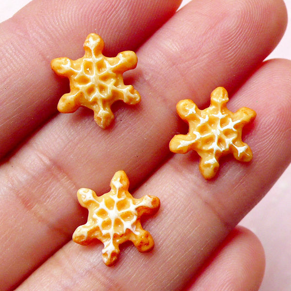 Miniature Sugar Cookie Cabochon / Mini Snowflakes Cabochon (3pcs / 12mm) Dollhouse Biscuit Doll Food Kawaii Sweets Deco Decoden FCAB214