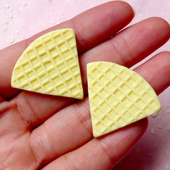 Fake Mini Food Craft / Miniature Waffle Cabochon / Dollhouse Wafer Cabochon (2pcs / 31mm x 28mm) Decoden Parfait Sundae Sweets Deco FCAB219