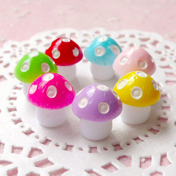 DEFECT Fairy Garden Mushroom Cabochon / 3D Miniature Mushroom (7pcs / 11mm x 13mm / Assorted Colorful Mix) Fairy Terrarium Decoden CAB345