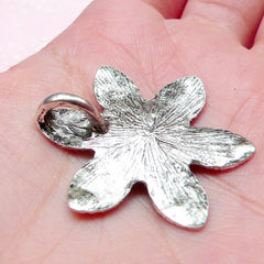 Big Flower Charms (2pcs) (32mm / Tibetan Silver) Metal Findings Floral Pendant Bracelet Earrings Zipper Pulls Keychains Bookmark CHM660