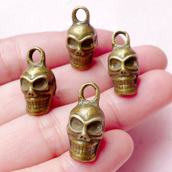 3D Skull Head Charms (4pcs) (10mm x 20mm / Antique Bronze) Findings Pendant Bracelet Earrings Zipper Pulls Bookmarks Key Chains CHM668