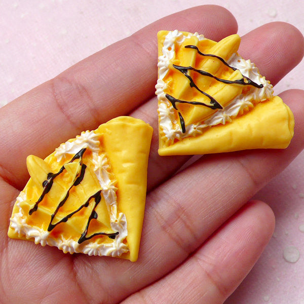 Dollhouse Banana Crepe Cabochons (2pcs / 36mm x 28mm / 3D) Kawaii Dollhouse Food Miniature Sweets Phone Case Deco Kitsch Jewelry FCAB245