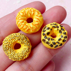 Miniature Donut Doughnut Cabochon Mix (3pcs / 17mm x 6mm / Flat Back) Kawaii Dollhouse Sweets Cute Phone Case Deco Whimsical Jewelry FCAB274