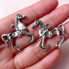 Horse Racing Charms (2pcs / 29mm x 27mm / Tibetan Silver / 2 Sided) Party Favor Charm Horse Riding Club Jewelry Wine Glass Charm CHM874