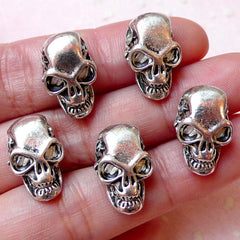 Skull Beads (5 pcs / 11mm x 18mm / Tibetan Silver / 2 Holes) Creepy Halloween Beads Spooky Jewelry Skull Bracelet Heavy Metal Pendant CHM887