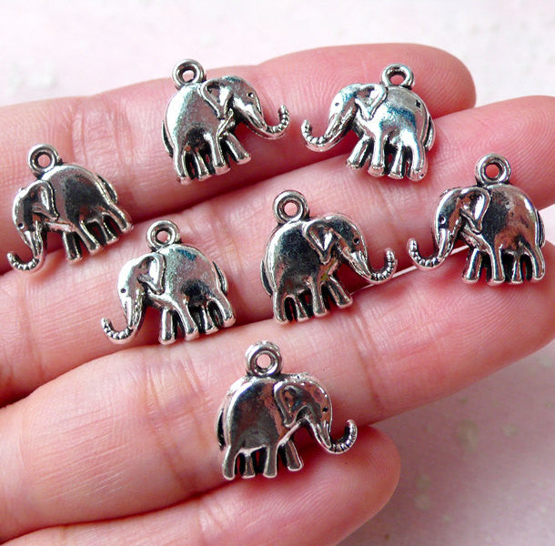 Elephant Charm//Pendant Tibetan Gold 14mm  10 Charms Accessory Jewellery Making