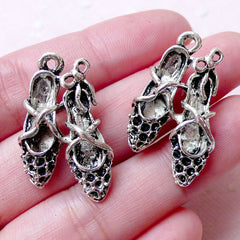 High Heels Charms 3D Dollhouse Shoes Charms (2pcs / 18mm x 28mm / Tibetan Silver) Lady Fashion Charm Pendant Bookmark Zipper Pull CHM1252
