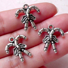 Christmas Candy Stick Charms Miniature Sweets Charm (3pcs / 17m x 19mm / Tibetan Silver) Christmas Party Favor Charm Wine Charm CHM1271
