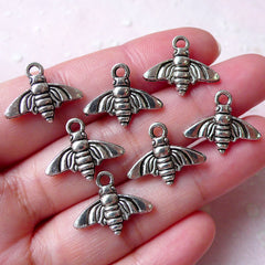 Small Insect Charms Fly Bee Moth Cicada Charm (7pcs /  18mm x 15mm / Tibetan Silver / 2 Sided) Whimsical Bracelet Wine Glass Charm CHM1325