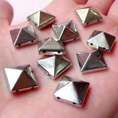 Pyramid Studs with Holes / Flatback Rivets (25pcs / Silver / 12mm x 6mm) Spike Beads Spike Charms Sewing Bracelet Cell Phone Decoden RT39