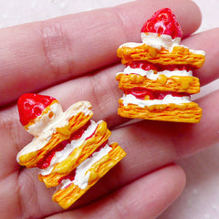 3D Strawberry Napoleon Cabochons (2pcs / 22mm x 27mm / Flat Bottom) Whimsical Miniature Sweets Deco Dollhouse Cake Kawaii Decoden FCAB283
