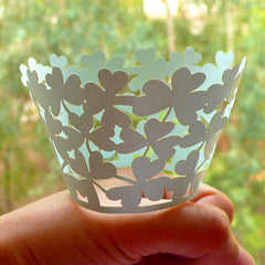 Saint Patrick's Day Cupcake Wrappers / Laser Cut Three Leaf Clover Cupcake Wrapper (Light Green / 6pcs) Party Cupcake Decoration CUP31