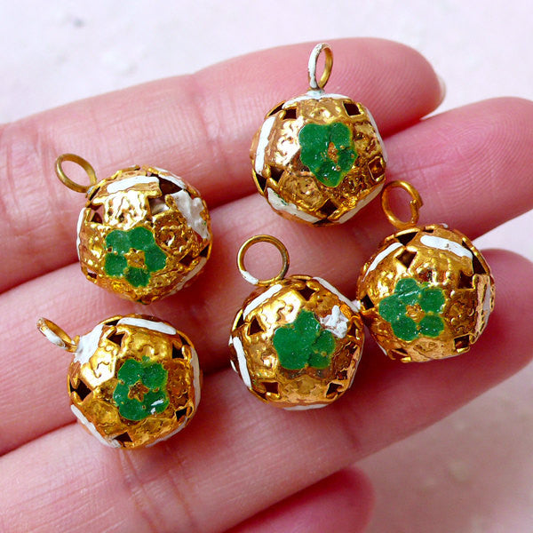 3D Bell Enamel Charms (5pcs / 12mm x 16mm / Green, White & Gold) Jewelry Keychain Key Fob Wine Glass Handbag Clutch Pouch Charm DIY CHM1527
