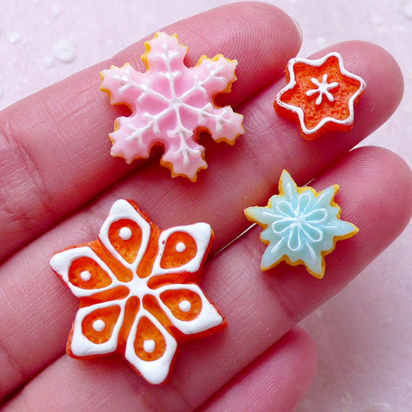 Snowflake Sugar Cookie Cabochons (4pcs / 12mm to 23mm / Flat Back) Miniature Sweets Christmas Deco Dollhouse Biscuit Kawaii Decoden FCAB300