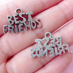 Best Friends Word Charms Message Charm (7pcs / 24mm x 16mm / Tibetan Silver) Friendship Charm Birthday Gift Decoration Packaging CHM1754