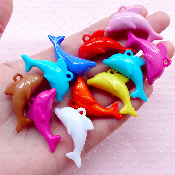 3D Dolphin Pendant Animal Plastic Charms (10pcs / 35mm x 20mm / Mix Color) Kawaii Fish Charm Cute Chunky Plastic Bubble Gum Necklace CHM1952