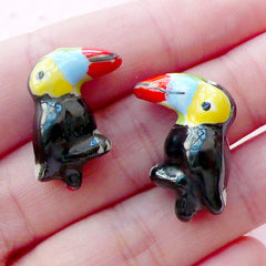 CLEARANCE Toucan Porcelain Bead / Animal Pottery Bead / 3D Bird Ceramic Bead (2pcs / 15mm x 22mm / Black) Handpainted Focal Bead Loose Bead CHM2080