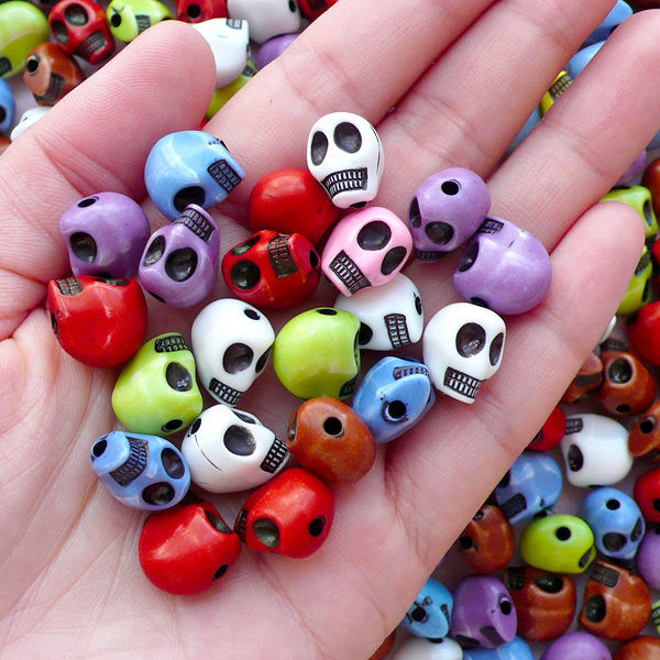 3D Skull Acrylic Beads (10pcs / 9mm x 12mm / Assorted Color) Gothic Bracelet Necklace DIY Halloween Jewelry Focal Bead Vertical Bead CHM2103