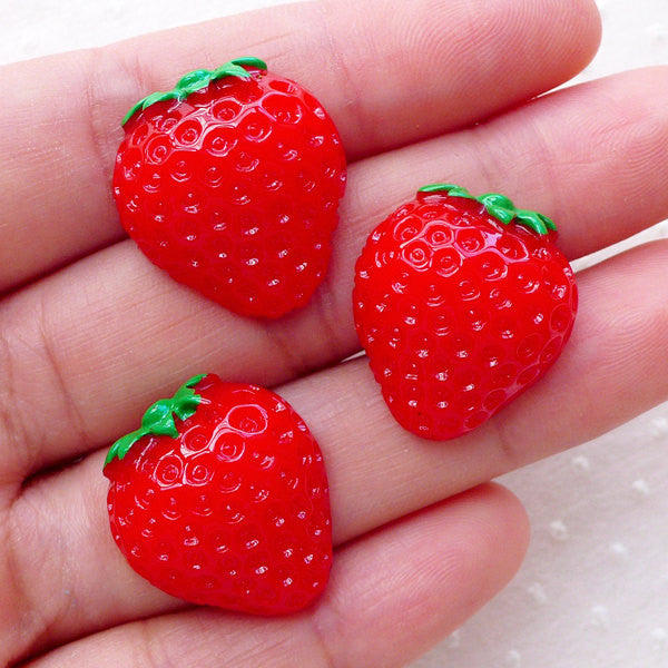 Decoden Strawberry Cabochons / Kawaii Fruit Cabochon (3pcs / 19mm x 21mm / Flatback) Whimsical Deco Kitsch Cute Cutie Embellishment FCAB321