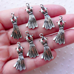 CLEARANCE Cocktail Dress Charms Halter Dress Evening Dress Party Dresses Gown (7pcs / 11mm x 25mm / Tibetan Silver) Clothes Fashion Charm CHM2131