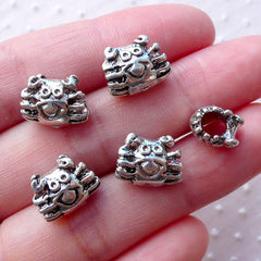 Silver Crab Beads / Kawaii Animal Focal Bead (5pcs / 12mm x 9mm / Tibetan Silver / 2 Sided) Marine Life European Bead Beach Bracelet CHM2160
