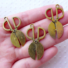 Antique Scissors Charms (3pcs / 20mm x 36mm / Antique Gold / 2 Sided) Sewing Dressmaker Seamstress Tailor Whimsy Novelty Jewellery CHM2194