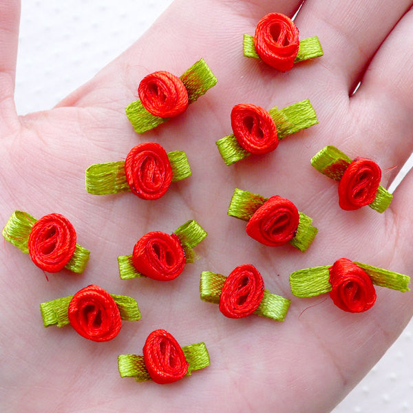 Mini Rose Flowers with Leaf / Tiny Satin Ribbon Rose Bud / Fabric Floral Applique (12pcs / 1.5cm / Red) Sewing Supply Flower Decoration B238