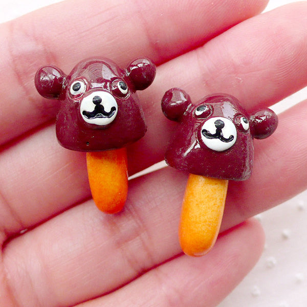 Kawaii Chocolate Bear with Cracker / 3D Chocoroom Cabochon (2pcs / 18mm x 25mm) Faux Food Craft Candy Decoden Fake Sweets Decoration FCAB373