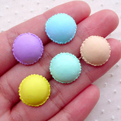 Miniature French Macaron Cabochons (5pcs / 15mm / Assorted Mix / Flatback) Kawaii Mini Sweets Dollhouse Patisserie Decoden Supplies FCAB391