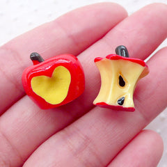 Bitten Red Apple Cabochons (2pcs / 3D) Dollhouse Fruit Miniature Food Craft Whimsy Embellishment Novelty Jewelry Kawaii Decoden FCAB383