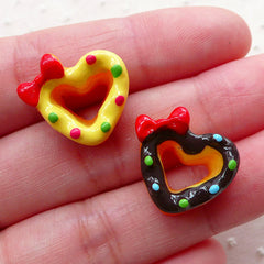 Kawaii Heart Doughnut Cabochons Dollhouse Donut Cabochon (2pcs / 18mm x 16mm / Flatback) Miniature Bakery Mini Sweets Phone Case FCAB405