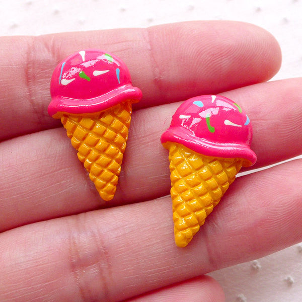Decoden Strawberry Ice Cream Cabochons (2pcs / 15mm x 25mm / Flatback) Miniature Dessert Sweets Deco Kawaii Phone Case Embellishment FCAB406