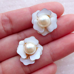 Small Rose Flower Cabochon with Pearl / Floral Enamel Cabochon (2pcs / 17mm / White) Hair Bow Centers Earrings Making Wedding Decor CAB555