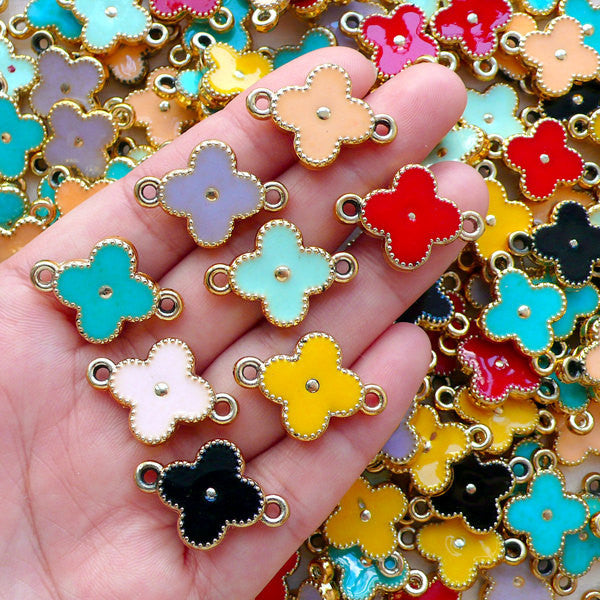 Quatrefoil Clover Enamel Acrylic Charm Connectors (3pcs by RANDOM / 17mm x 24mm / Colorful Mix / 2 Sided) DIY Light Weight Jewelry CHM2375