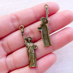 Statue of Liberty Charms (5pcs / 13mm x 35mm / Antique Bronze) America United States USA New York Travel Jewellery Keychain Charm CHM2390