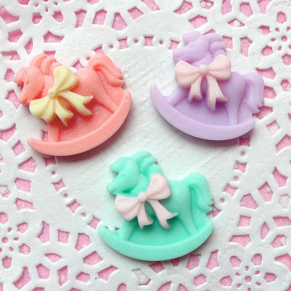 Rocking Horse Cabochon (3 pcs / 24mm x 22mm / Pastel Color Mix) Kawaii Cabochon Pop Kei Decora Kei Fairy Kei Cell Phone Case Decoden CAB146