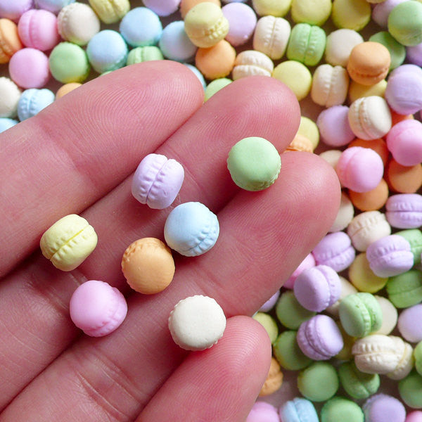 Dollhouse Macaron Cabochon Pastel Polymer Clay Sweets Cabochons Miniature French Macaroon (5pcs by Random / 7mm x 6mm) Fimo Nail Art FCAB444
