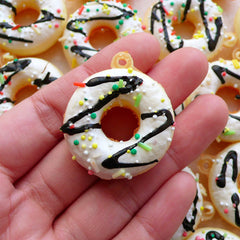 Kawaii Donut Squishy Charm / Doughnut Squishy with Sprinkles & Icing (30mm x 35mm / Vanilla White) Fake Food Craft Sweets Jewelry SQ13