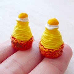 French Pastry Cabochon / Dollhouse Dessert / Miniature Japanese Pumpkin Mont Blanc Cabochon (2pcs / 14mm x 20mm) Doll Food Jewelry FCAB470