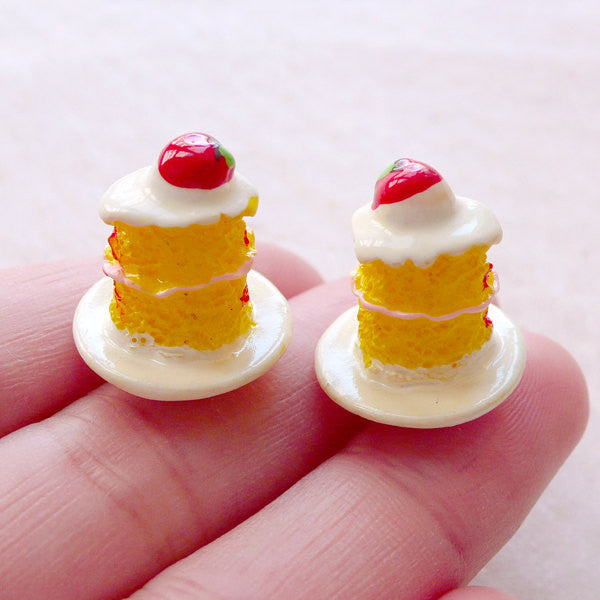 Dollhouse Sweets Cabochon / Miniature Dessert Cabochon / 3D Sponge Cake Cabochon (2pcs / 17mm x 18mm) Mini Food Tea Party Jewellery FCAB471