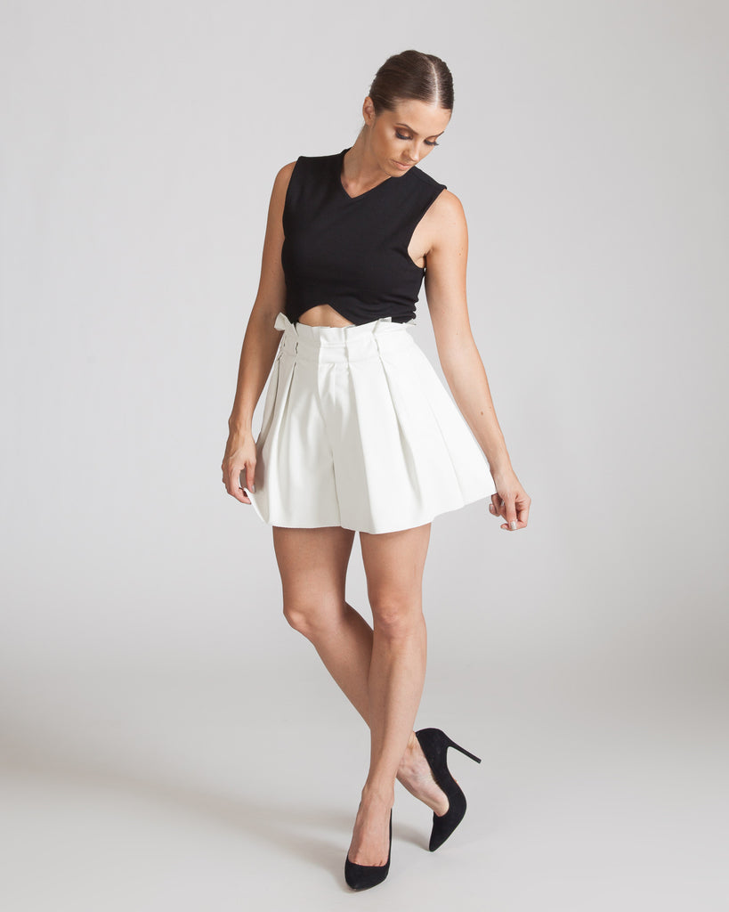 JOA HIGH WAISTED IVORY SHORTS