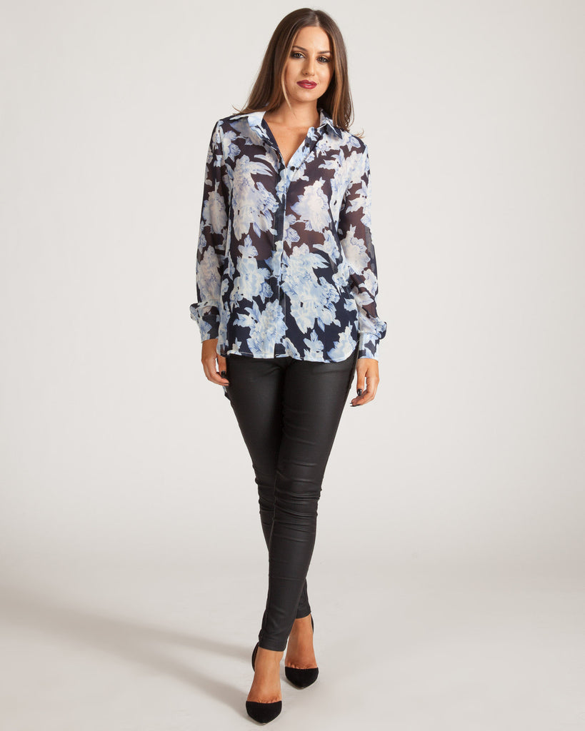 WYLDR EASY DOES IT BLUE FLORAL BLOUSE